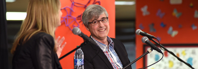 Mo Rocca being interviewed at an author event inside Library Headquarters (photo)