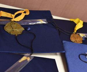 diploma caps